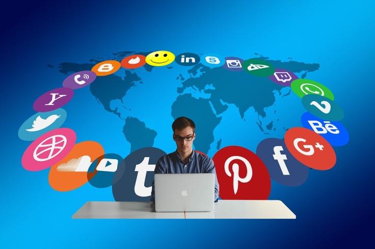 3 Claves para una Buena Comunicación Empresarial en las Redes Sociales